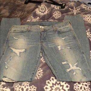 NWOT True True Religion Skinny Jeans. Size 32.